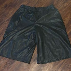 Ladies Cropped Pants